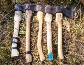 А так выглядят личные рабочие инструменты бригады рубщиков