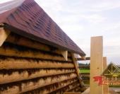 Вид на крышу со строительных лесов