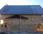 Второй скат крыши и эркер